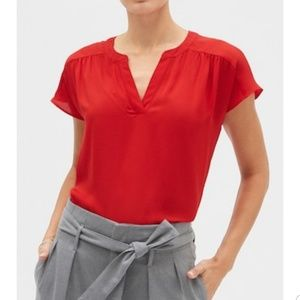 Banana republic red top